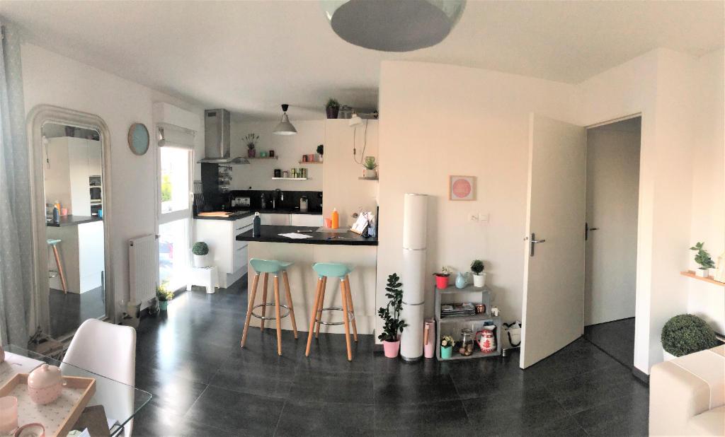Appartement en vente à VEZIN LE COQUET
